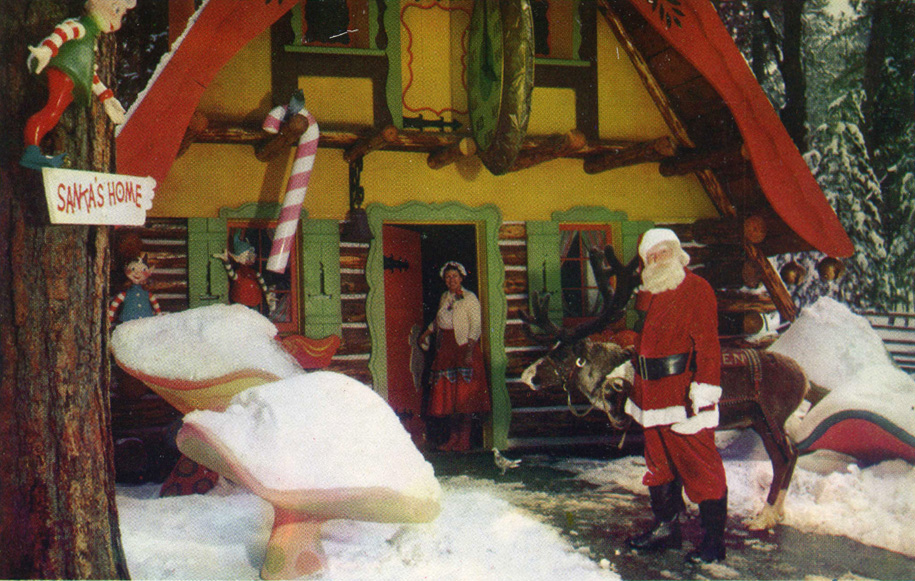 santas_village_skyforest_ca_mrs_claus_welcomes_santa