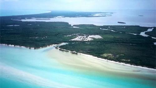 vista aerea holbox De turismo en la Península de Yucatán