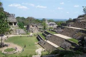 Palenque 300x199 La ciudad de Palenque