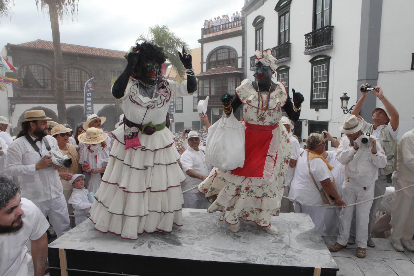 Indianos7 JuanArturo1 Los Carnavales más divertidos y originales de España